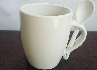 marketing-mugs-with-spoon.jpg