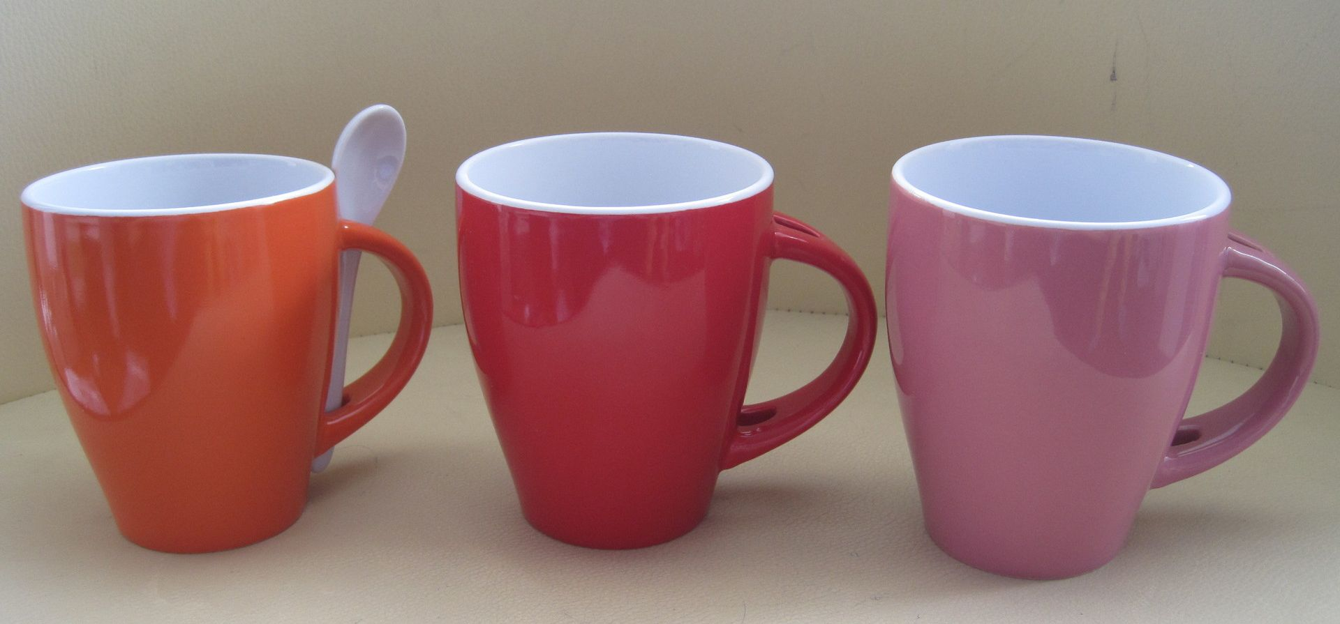 red-mugs-with-spoon.jpg