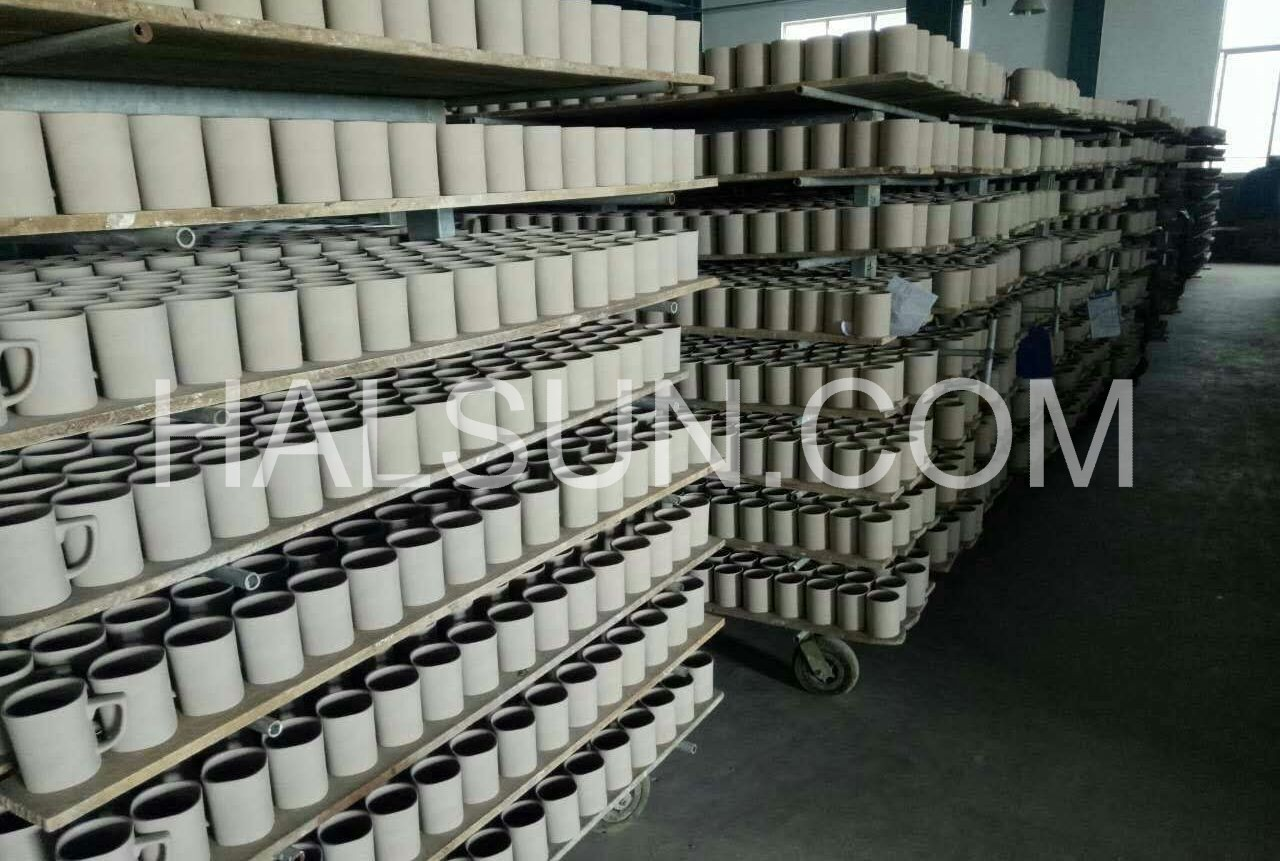 white-ceramic-mugs-production.jpg